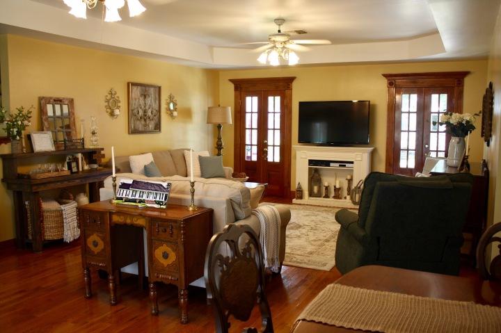 Home Tour Living Room Remodel: HelloGorjess